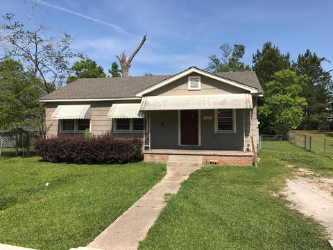 305 Dixie Ave, Hattiesburg, MS 39401