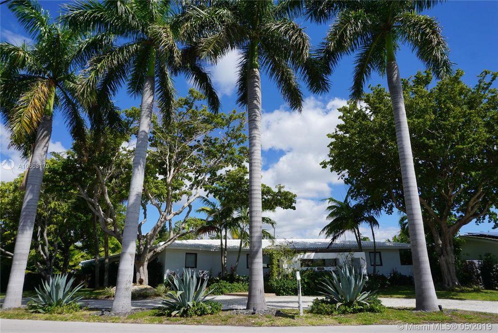 11425 N Bayshore Dr North Miami, FL 33181