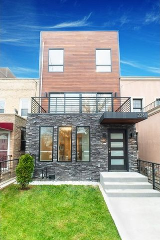 22-68 21st St, Queens, NY 11105