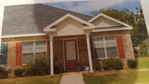 106 Charter Ct, Centerville, GA 31028