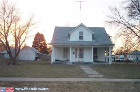 253 N 7th St, David City, NE 68632