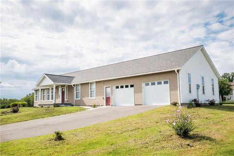 Photo of 179 Elderton Hts, Plumcreek Township, PA 15736