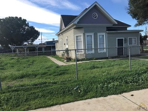 Photo of 1127 Dolores St, Bakersfield, CA 93305