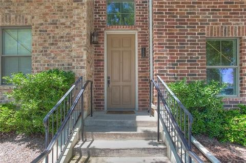 Photo of 2816 Lubbock Ave Apt 120, Fort Worth, TX 76109