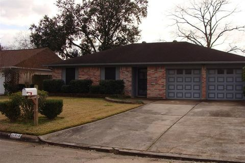 Photo of 11918 Ryewater Dr, Houston, TX 77089