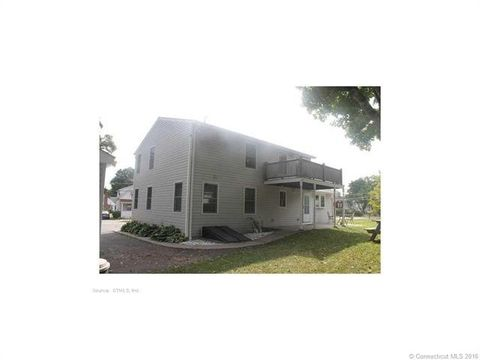 380 Ash St, Windham, CT 06226
