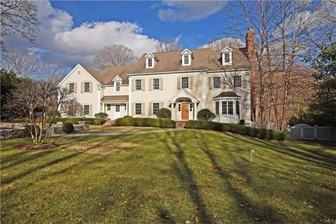 879 Valley Rd, New Canaan, CT 06840