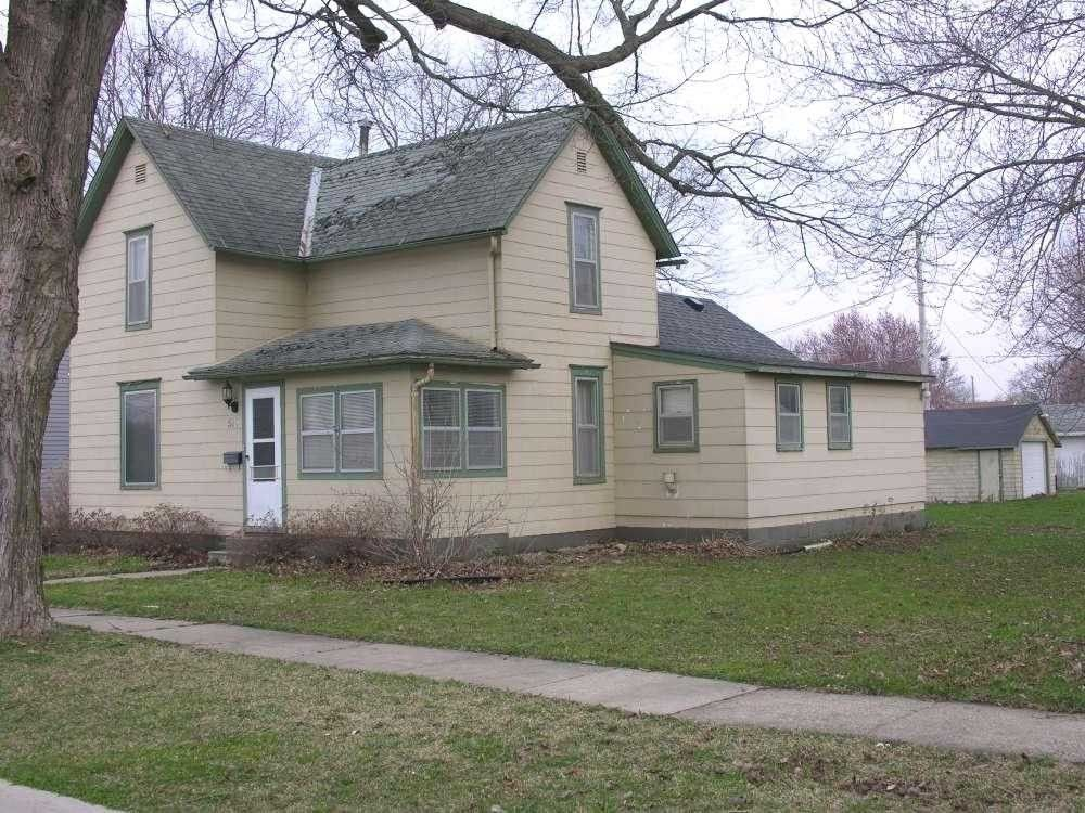 515 chestnut st osage ia 50461 for Iowa home builders