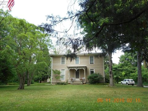 6798 County Road 191, Bellevue, OH 44811