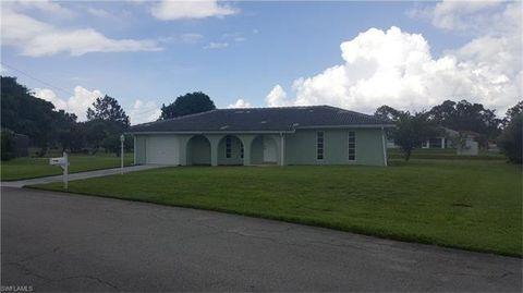 117 Sebring Cir, Lehigh Acres, FL 33936