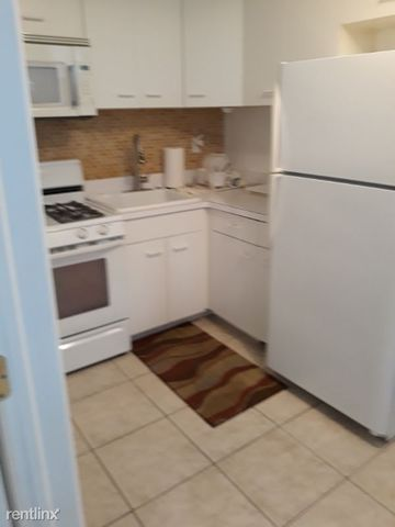 Photo of 14 Miller St # 2, Staten Island, NY 10314
