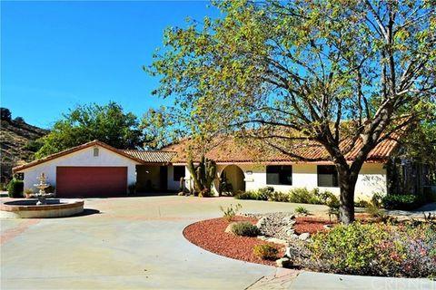 35211 Glenwall St, Agua Dulce, CA 91390