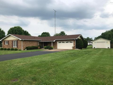 Photo of 7906 Brookside Rd, Du Quoin, IL 62832