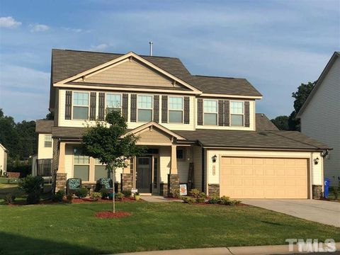 Photo of 518 Eagles Way, Mebane, NC 27302