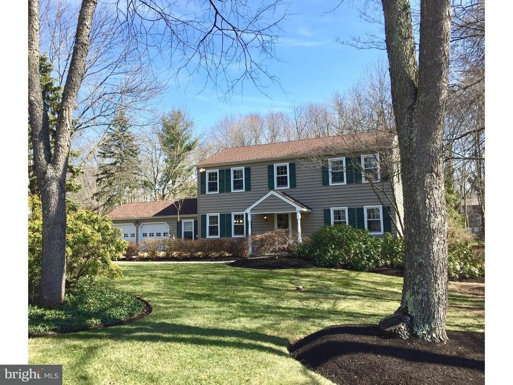 51 Springs Dr, Doylestown, PA 18901