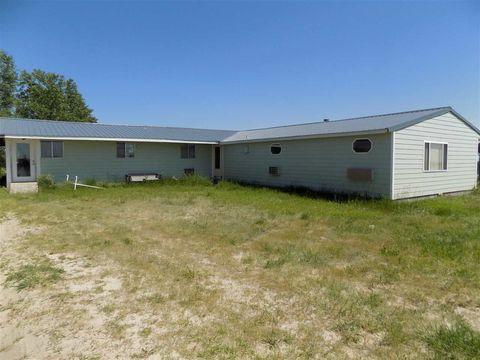 29782 N County Line Rd, Stapleton, NE 69163