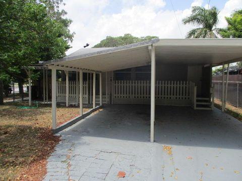 Photo of 5317 Garden Ave, West Palm Beach, FL 33405