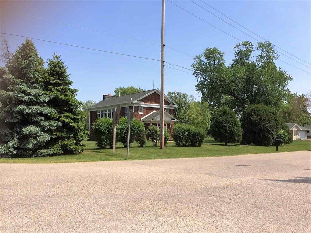 3109 S Oakhill Ave Janesville Wi 53546 Realtor Com 174