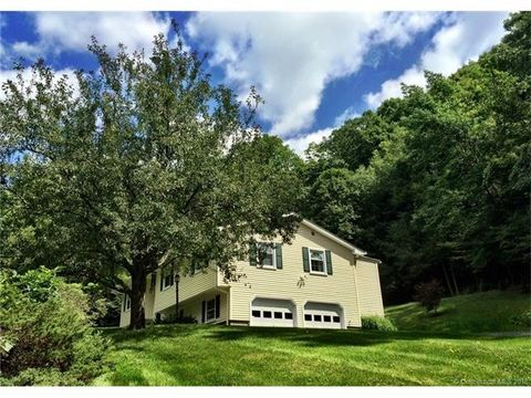 24 Johnson Rd, Canaan, CT 06031