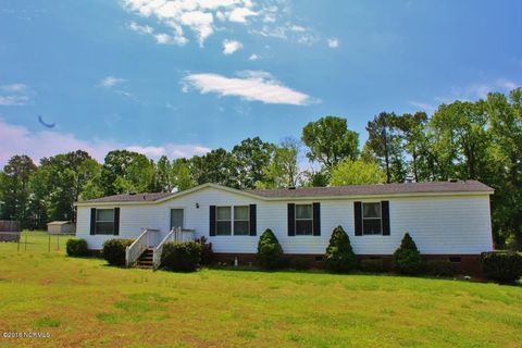 4795 Lonesome Pine Rd, Whitakers, NC 27891