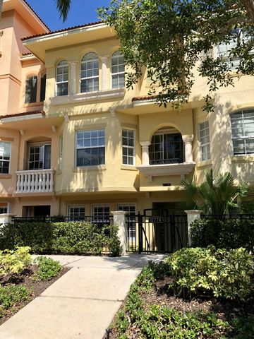 Photo of 11774 Valencia Gardens Ave, Palm Beach Gardens, FL 33410