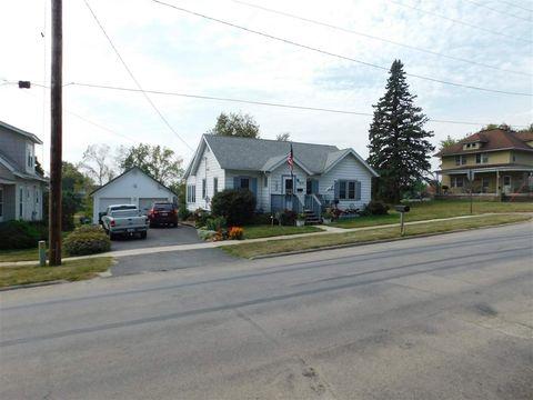 409 W Iowa St, Monona, IA 52159