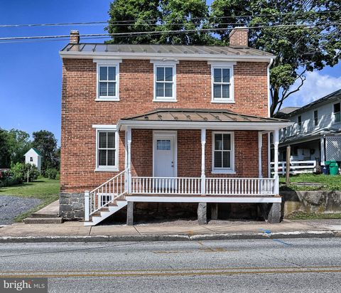 Photo of 234 N Stratton St, Gettysburg, PA 17325