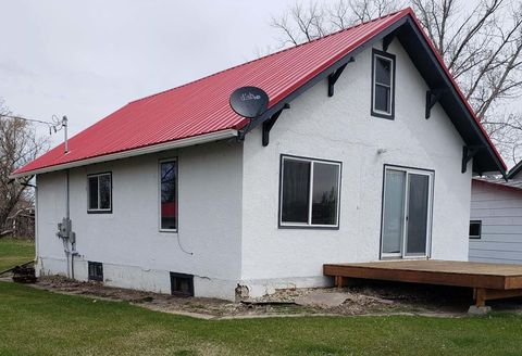 Photo of 220 E Front, Gackle, ND 58442