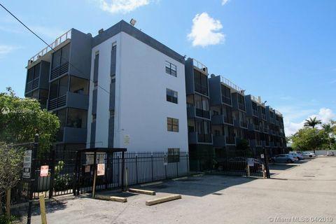 Photo of 13500 Ne 3rd Ct Apt 412, North Miami, FL 33161