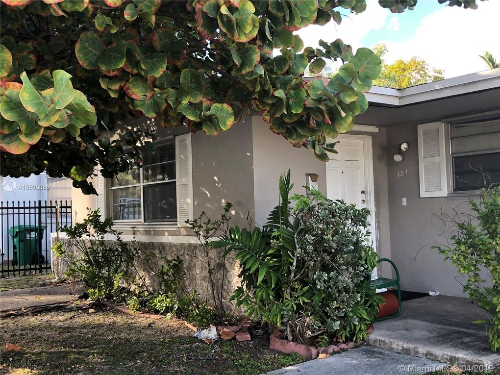 1311 Ne 118th St, North Miami, FL 33161