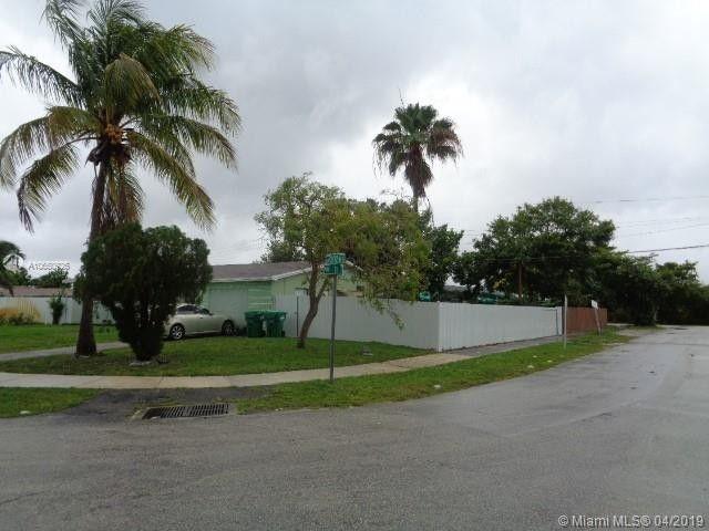 20200 NW 11th Ct Miami Gardens, FL 33169
