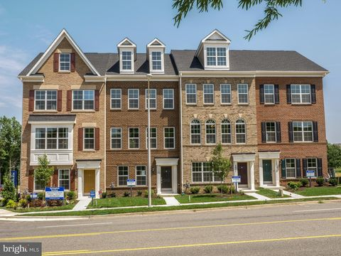 Photo of 4705 Cherokee St, College Park, MD 20740