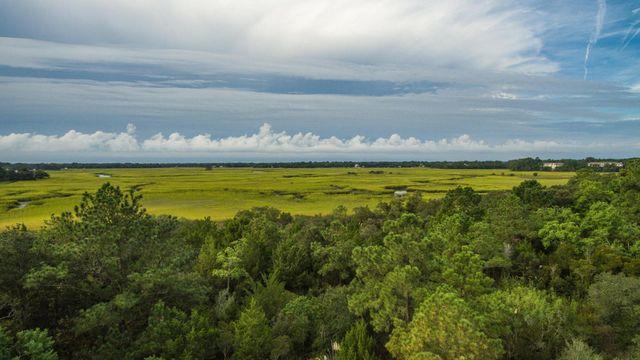 1387 Harbor View Rd, Charleston, SC 29412