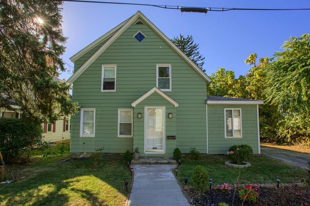 2 Danvers St, Worcester, MA 01604