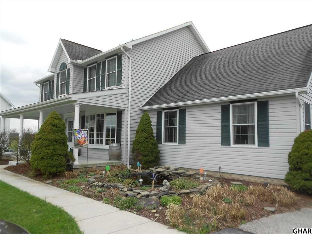 49 Derby Dr, Hanover, PA 17331