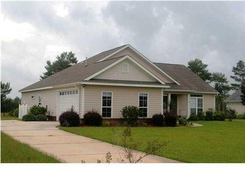 390 Club House Dr, Freeport, FL 32439