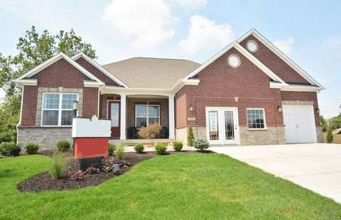 Photo of 7450 Cassilly Ct, Indianapolis, IN 46278