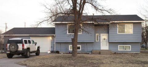 Photo of 118 Jeremy Ln, Holcomb, KS 67851