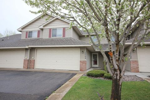 13796 Rose Dr, Rogers, MN 55374