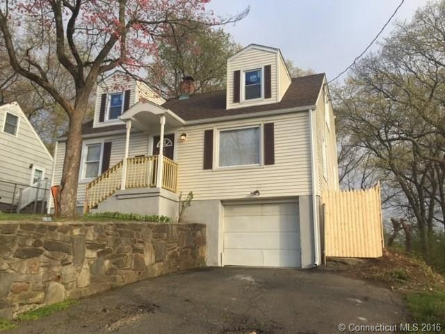 315 woodrow ave bridgeport ct 06606 home for sale for Kitchen design 06606