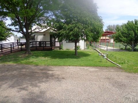 726 W Cliff St, Holly, CO 81047