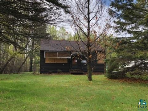 Photo of 4822 Oakley St, Duluth, MN 55804