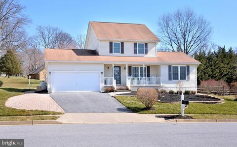 Photo of 1013 Gullo Rd, New Windsor, MD 21776