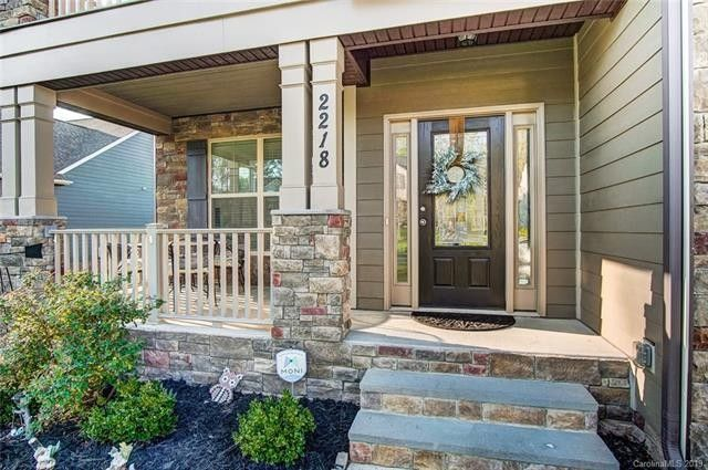 2218 Knocktree Dr, Indian Trail, NC 28079