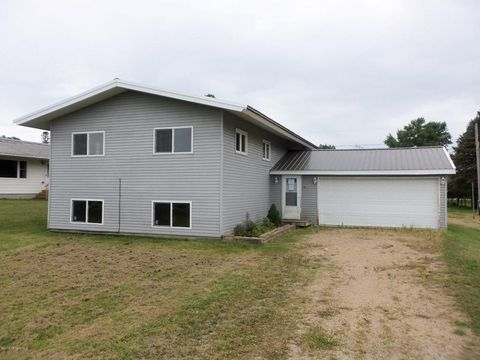 Photo of 511 3rd St, Claremont, MN 55924