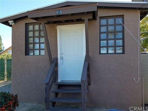 919 5th St, Calimesa, CA 92320