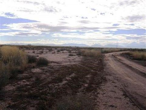 Rabbit St, Tularosa, NM 88352