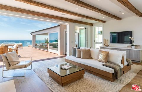 Malibu Ca Homes With Special Features