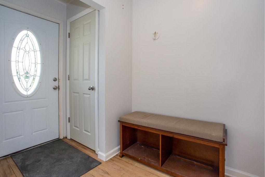 2892 Carlyle Rd, Wantagh, NY 11793