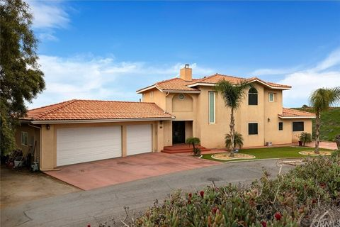 Photo of 23210 Twin Canyon Dr, Grand Terrace, CA 92313